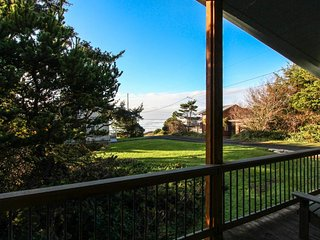 Family-friendly home w/ hot tub & ocean views - walk to the beach, dogs okay!