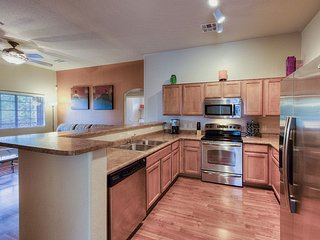 Remodeled 2 Bedroom Condo, Chandler