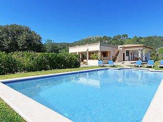 4 bedroom Villa in Santa Eulalia Del Río, Cala Llenya, Ibiza : ref 2259737