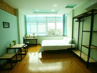 4 fully- furnished studio apartments, big kitchen, nice place, near D1