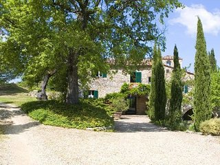 6 bedroom Apartment in Lucarelli, Chianti, Tuscany, Italy : ref 2385732