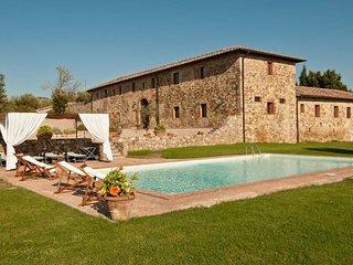 6 bedroom Apartment in San Leonino, Chianti, Tuscany, Italy : ref 2385748, Quercegrossa