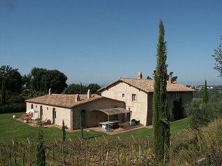 6 bedroom Apartment in Camigliano, Maremma, Tuscany, Italy : ref 2385752, Poggio alle Mura