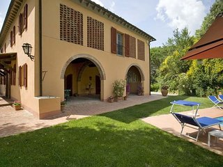 4 bedroom Apartment in Colleoli, Tuscany Nw, Tuscany, Italy : ref 2385753, Marti