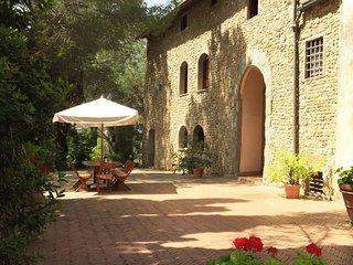 4 bedroom Apartment in Montelupo Fiorentino, Central Tuscany, Tuscany, Italy : ref 2385757
