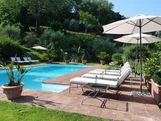 4 bedroom Villa in San Donato In Collina, Valdarno, Tuscany, Italy : ref 2385858