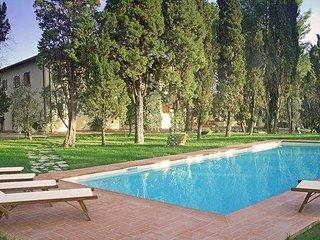 5 bedroom Villa in Vinci, Montecatini, Tuscany, Italy : ref 2385864