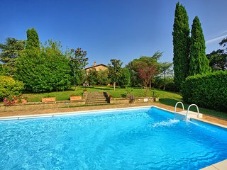 3 bedroom Apartment in Cetona, Val D orcia, Tuscany, Italy : ref 2385889