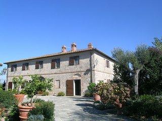 7 bedroom Villa in Ville Di Corsano, Val D orcia, Tuscany, Italy : ref 2385942, Ville di Corsano