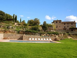 7 bedroom Apartment in Il Colle, Chianti, Tuscany, Italy : ref 2386021, Pievasciata