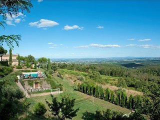 8 bedroom Apartment in Fornoli, Val D orcia, Tuscany, Italy : ref 2386195, Scrofiano