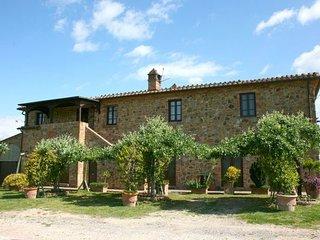 8 bedroom Apartment in Torrita Di Siena, Val D orcia, Tuscany, Italy : ref, Torrita di Siena