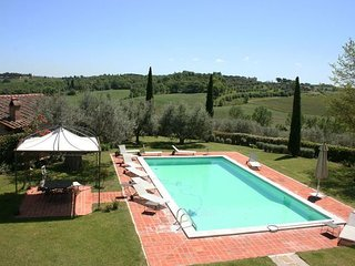 6 bedroom Apartment in Cervognano Montenero, Tuscany Se, Tuscany, Italy : ref, Acquaviva di Montepulciano