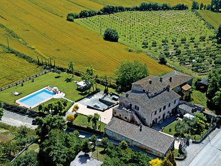 14 bedroom Villa in Fratticciola, Central Tuscany, Tuscany, Italy : ref 2386308