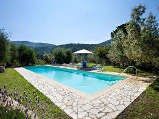 7 bedroom Villa in Bagno a Ripoli, Valdarno, Tuscany, Italy : ref 2386325