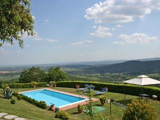 4 bedroom Villa in Civitella In Val Di Chiana, Central Tuscany, Tuscany, Italy : ref 2386337, Civitella in Val di Chiana