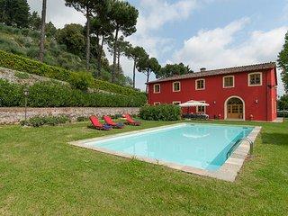 6 bedroom Villa in Vorno, Tuscany Nw, Tuscany, Italy : ref 2386360