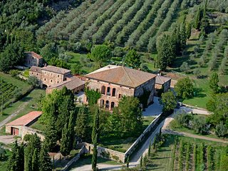 4 bedroom Apartment in Rapolano Terme, Val D orcia, Tuscany, Italy : ref 2386413