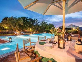 4 bedroom Villa in Monsummano Terme, Montecatini, Tuscany, Italy : ref 2386451