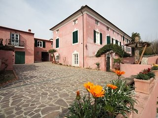 4 bedroom Villa in Corsanico-bargecchia, Versilia, Tuscany, Italy : ref 2386823