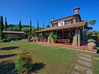 6 bedroom Villa in Macchiascandona, Maremma, Tuscany, Italy : ref 2387050