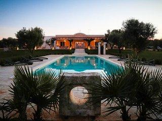6 bedroom Villa in Carovigno, Apulia, Italy : ref 2387093