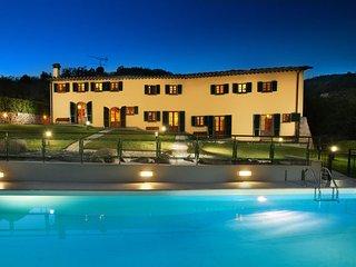11 bedroom Villa in Montecatini Alto, Montecatini, Tuscany, Italy : ref 2387227