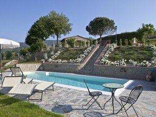 2 bedroom Villa in Metelliano, Central Tuscany, Tuscany, Italy : ref 2387268, Montalla