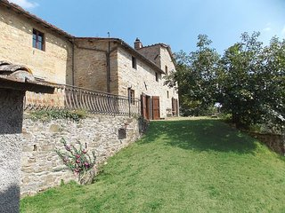 6 bedroom Apartment in Santa Maria a Vezzano, Central Tuscany, Tuscany, Italy : ref 2387357, Luco Mugello