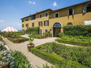 9 bedroom Apartment in San Polo In Chianti, Chianti, Tuscany, Italy : ref