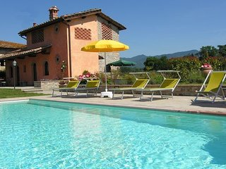 3 bedroom Apartment in Senni, Central Tuscany, Tuscany, Italy : ref 2387368