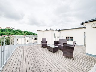 Happy apartment with a terrace and a wonderful view, Brno