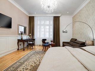 Bishop Queen Apartment in the city centre, Brno