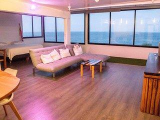 Impressive Sunrise View and Private Beach. Cancun!