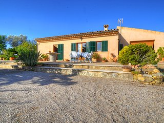 Lovely Villa Santa Maria 2 with swimming pool., Santa Maria del Cami