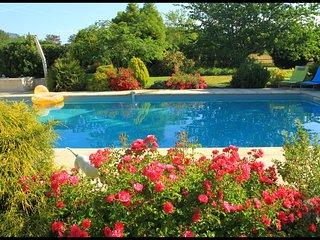 Gite avec jardin et piscine