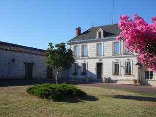 Le Manoir de Gurson - set in 98 acres, with private pool