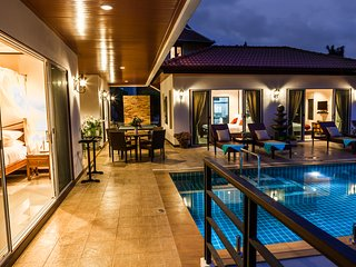 4 Bedroom Pool Villa with Beautiful Sea Views, Chaweng
