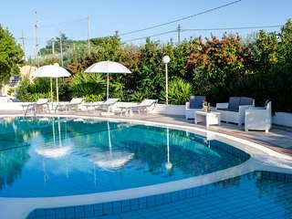 Villa with Pool for 8 guests with 4 bedrooms in Monopoli