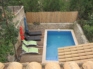 Stunning townhouse with a pool in the centre of the villa, Alaro, Mallorca, Alaró