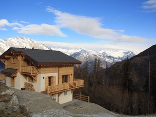 New Chalet for 8 (+2) with stunning views, La Tzoumaz