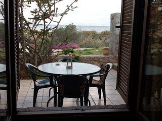 """""""Sunrise 2"""", seaside family apartment, Epidavros"""