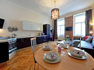 Three-bedroom Apartment Anica