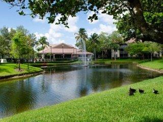 Private Bedroom & Bath close to Sawgrass Mills!, Miami