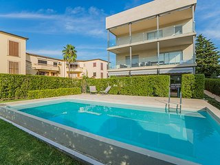 Spacious 2 bedroomed, modern apartment in Puerto Pollenca, Mallorca
