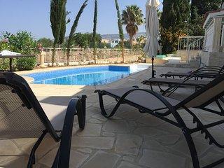 Villa 'Neyla', 4 bd, Coral Bay, Paphos