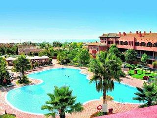 Appartamento in residence con la piscina e centro spa