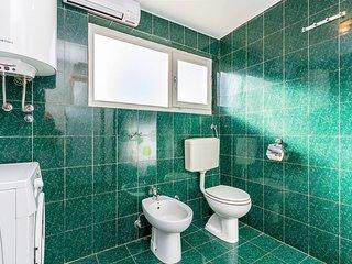 Apartment 11653