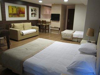 Derpa Suite Home