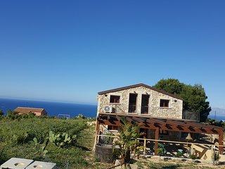 case vacanze casolare  la torre a Scopello apochi passi dalla riserva/ c7